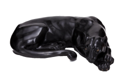 Пантера лежащая